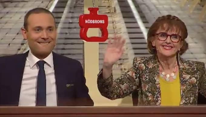 """Elisabet Höglund och Jesper Rönndahl har gjort succé i """"På spåret"""". Men nu är framgångssagan slut. Foto: SVT"""