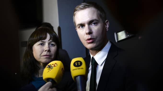 Miljöpartiets språkrör Åsa Romson och Gustav Fridolin. Foto: Pontus Lundahl / TT