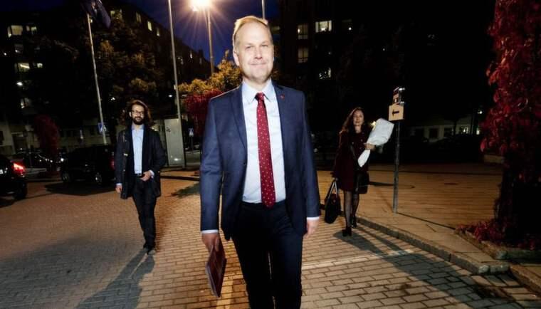 Strategin klar. Med hårt fokus på frågan om vinster i välfärden och öppenhet för att stå utanför en rödgrön regering hoppas Jonas Sjöstedt att Vänsterpartiet ska växa i nästa års val. Foto: Olle Sporrong