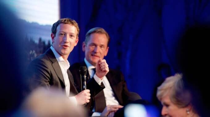 Mark Zuckerberg på charmoffensiv i Berlin. Foto: Pool