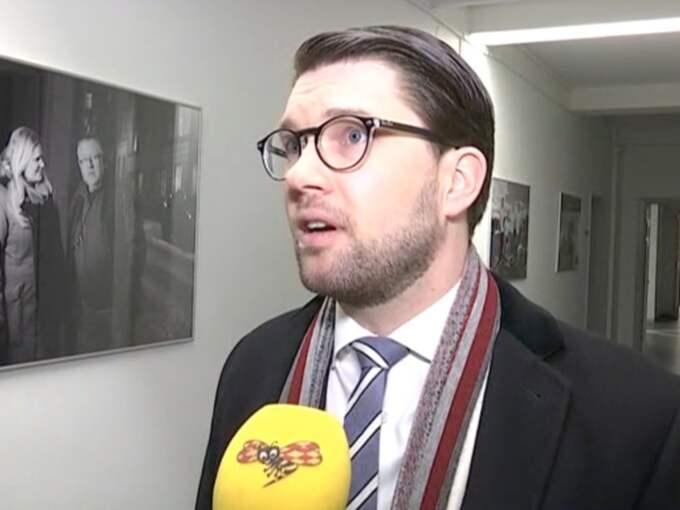 """Efter debatten gav Åkessons sitt stöd till Donald Trump. """"Jag håller med Trump om att vi ska minska invandringen, förstärka gränskontrollerna och ha bättre koll på vilka som kommer in i vårt land"""", säger han. Foto: Expressen"""