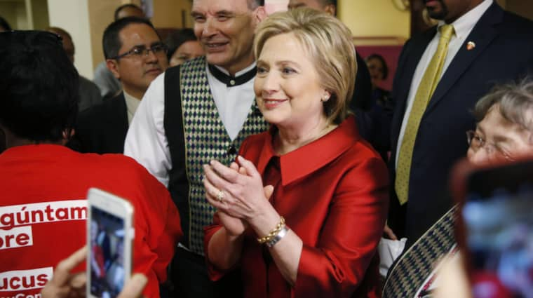 Hillary Clinton hyllades under sitt tacktal efter segern i Nevada Foto: Locher John