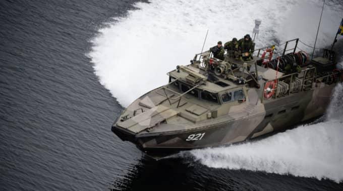 Enligt DN ska skedde kränkningen öster om fyren Vindbåden i Stockholms skärgård. Bilden är tagen i oktober 2014 då Försvarsmakten jagade en misstänkt ubåt i Stockholms skärgård. Foto: Mikael Sjöberg