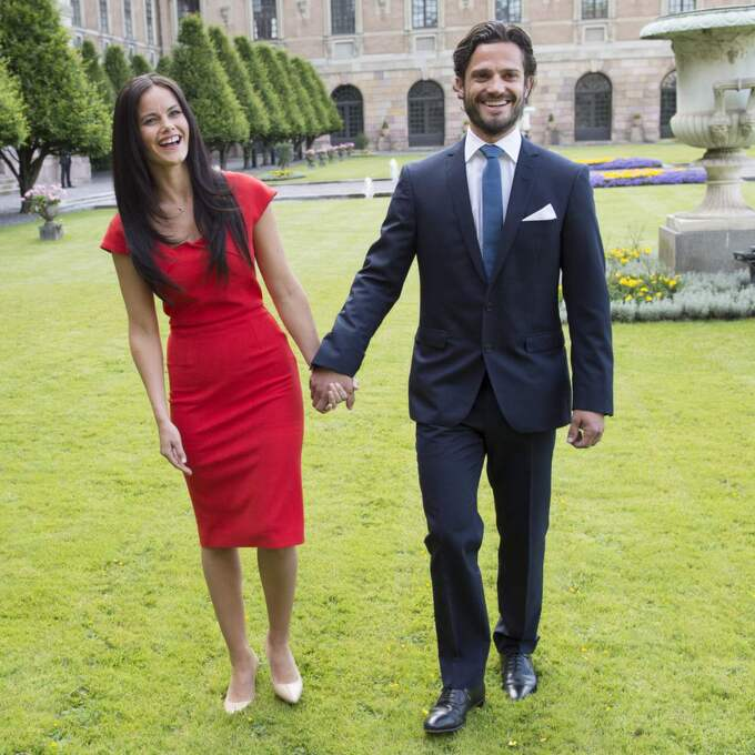 Prins Carl Philip och Sofia Hellqvist som nyförlovade. Foto: Sven Lindwall