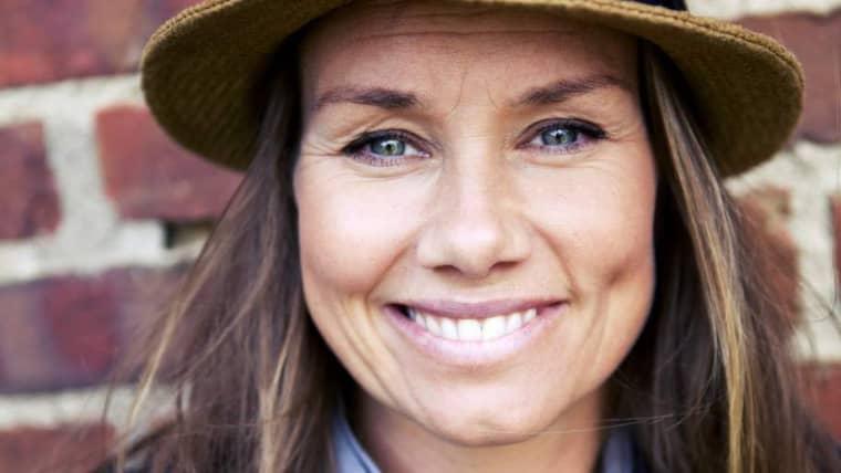 """Linda Bengtzing har fått sitt andra barn: """"Hämtningen blev lyckad!"""" Foto: Sanna Dolck"""