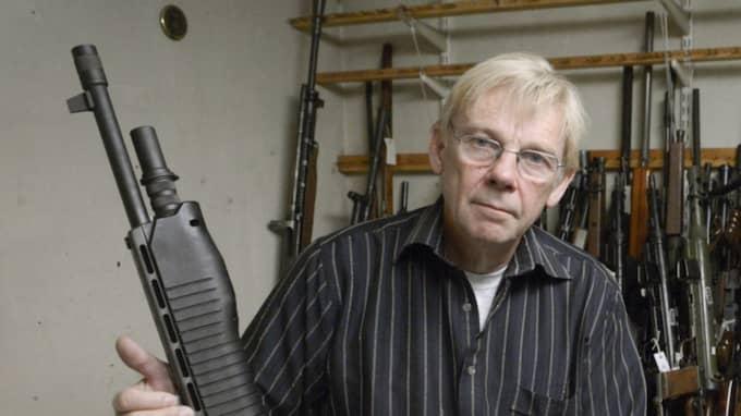 Tidigare vapenhandlaren Anders Lexne var generalagent för Smith & Wesson i Sverige. Foto: Janerik Henriksson / Tt