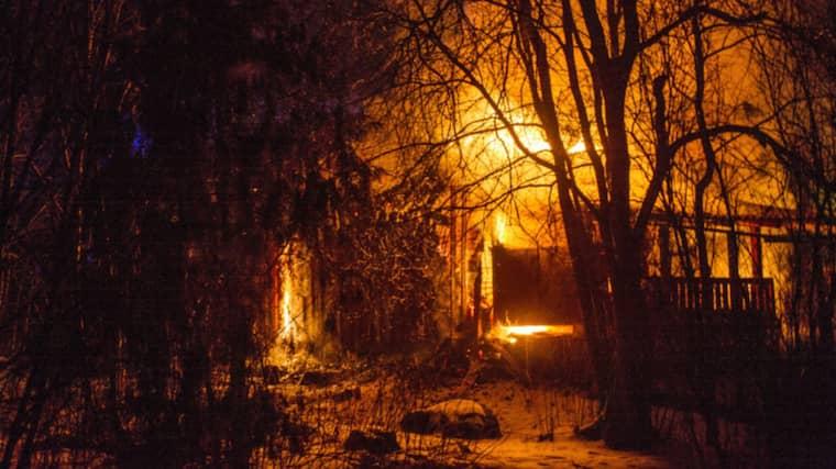 Uthuset gick inte att rädda. Foto: Niklas Hagman