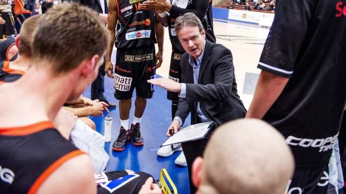 Borås Baskets coach Pat Ryan. Foto: Carl Sandin / Bildbyrån
