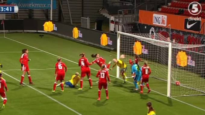 Caroline Seger nickade in matchens enda mål. Foto: Kanal 5