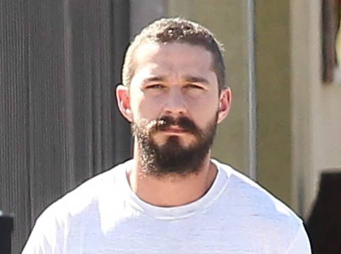 LaBeouf fångades på bild i helgen när han lämnade gymmet i Los Angeles. Foto: Osvaldo/Fameflynet Pictures