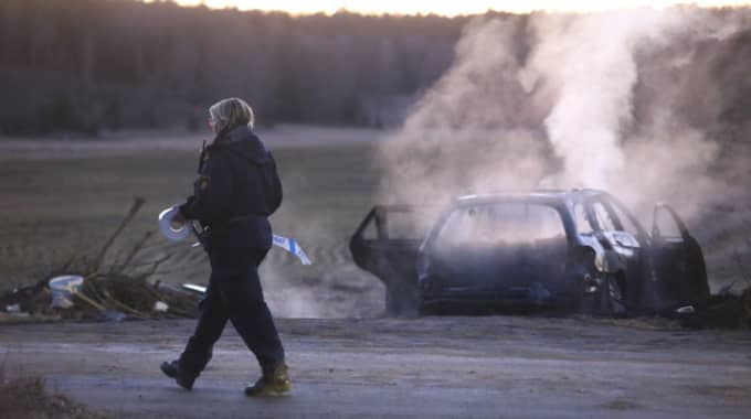 Bilen hittades drygt två mil från brottsplatsen. Foto: Janne Åkesson/Swepix