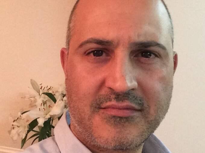 """""""Vi både hörde och kände explosionen"""", säger svenske Baran Zeydan, 43. Han befinner sig vå kilometer från explosionsområdet och bor i Ankara tillsammans med sin fru och deras barn. Foto: Privat"""