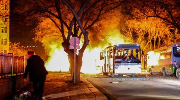 Antalet döda i explosionen var sent på onsdagskvällen 28 personer. Antalet skadade var över 60 personer. Foto: Getty Images Europe/Defne Karadeniz