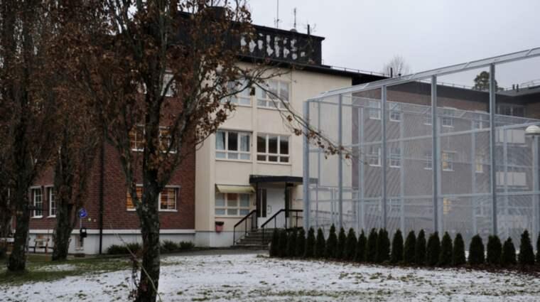 På lördagen rymde mannen från rättspsykiatriska sjukhuset Karsudden i Katrineholm. Foto: Robban Andersson