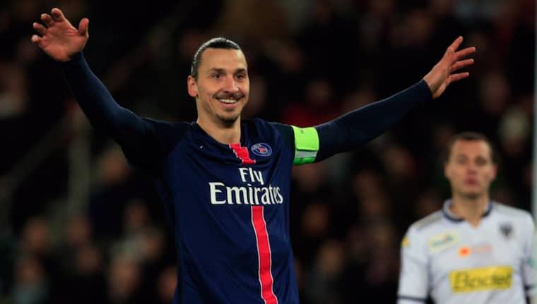 Zlatan firar efter sitt mål Foto: Thibault Camus