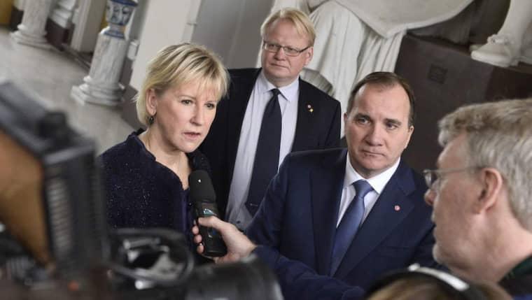 """Stefan Löfven efter mötet i utrikesnämnden: """"Inom kort"""" kommer Sverige att erkänna staten Palestina. Foto: Claudio Bresciani / Tt"""