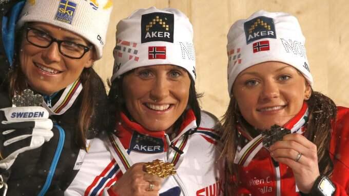 Ida Ingemarsdotter, Marit Björgen och Maiken Caspersen Falla Foto: Giovanni Auletta