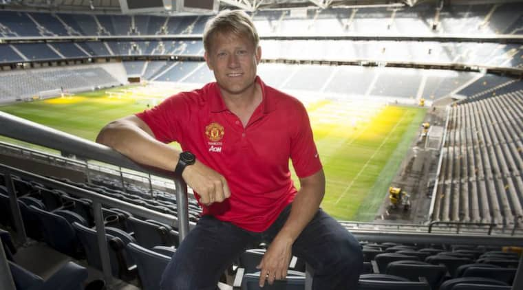 Målvaktslegendaren Peter Schmeichel, numera ambassadör för Manchester United, besökte i går Friends Arena inför Manchester Uniteds träningsmatch mot AIK. Foto: Roger Vikström