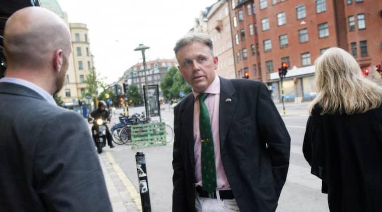 INGA BEVIS. Expressens Daniel Alsén träffade Hans-Erik Sjöholm i Stockholm i går. Foto: Emma Johansson