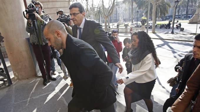 Javier Mascherano på väg till rätten Foto: Manu Fernandez