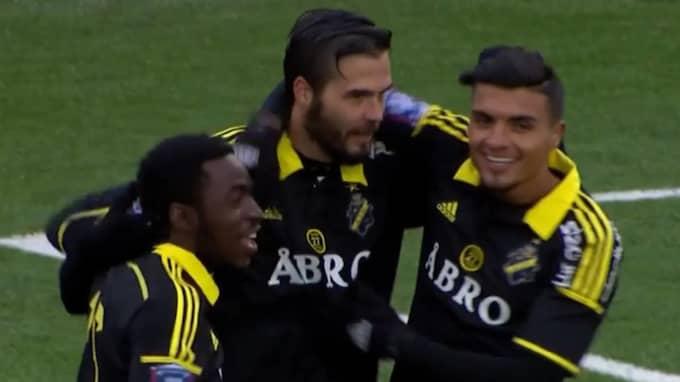 AIK-spelarna firar. Foto: C More.