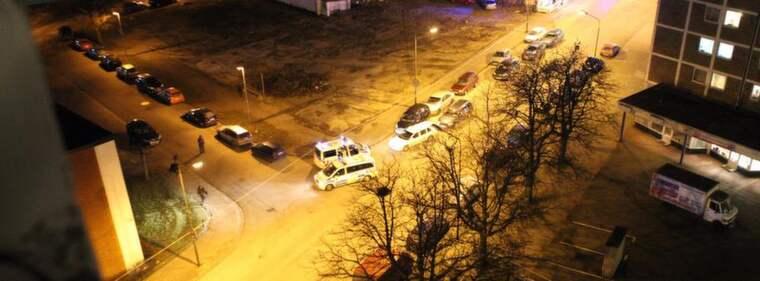 Fosiemordet. Här på en parkeringsplats på Fosievägen i Malmö sköts den 48-årige fembarnspappan Ahmed Hardous ihjäl den 31 januari i år. Mördaren avlossade sex skott mot hans överkropp och huvud. Foto: Ulf Ryd