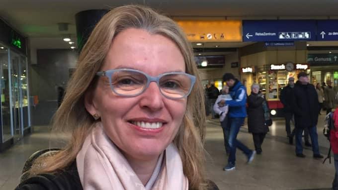 Hur har du reagerat på övergreppen under nyårsaftonen i Köln? Julie Becker, 47 år, musiker, München: – Jag kan inte förstå att något sådant ska kunna hända i Köln. Som tysk är man van att känna sig säker i sitt eget land. Jag tror detta kommer att ställa till med mycket problem. Det är så synd. Foto: Mats Larsson