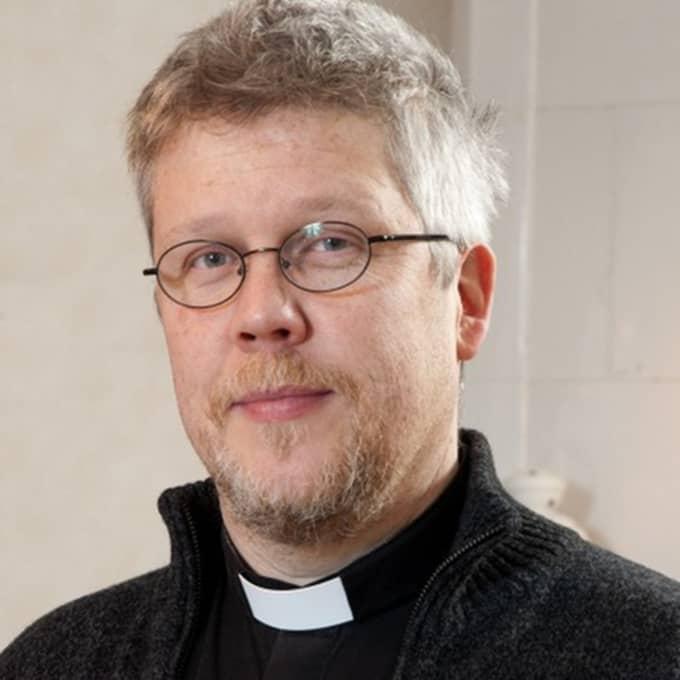 Kyrkoherden Pontus Gunnarsson bestämde sig för att leva på samma ekonomiska nivå som en asylsökande i 40 dagar. Foto: Stefan Thelin/Svenska kyrkan