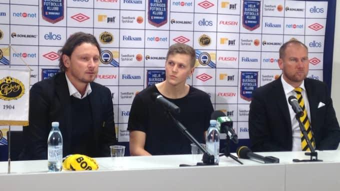 Joakim Nilsson presenteras som Elfsborgsspelare. Foto: Alexander Piauger
