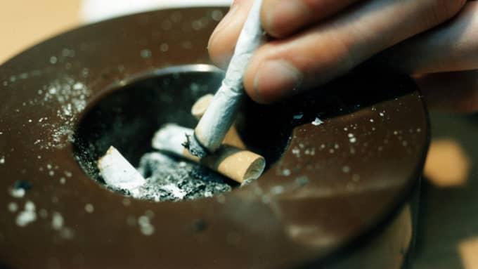 Från och med måndag kommer det inte att säljas varken snus eller cigaretter på sjukhusområdet. Foto: CHRISTER WAHLGREN