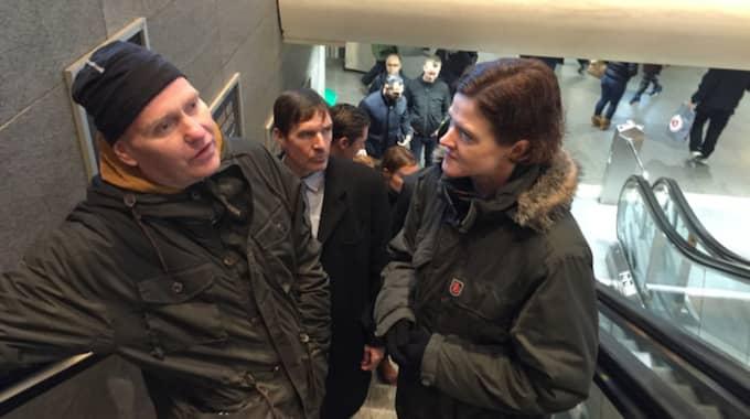 Moderatledaren Anna Kinberg Batra följde med polis och socialtjänst för att få en bild av Stockholms skuggsida. Foto: Niklas Svensson