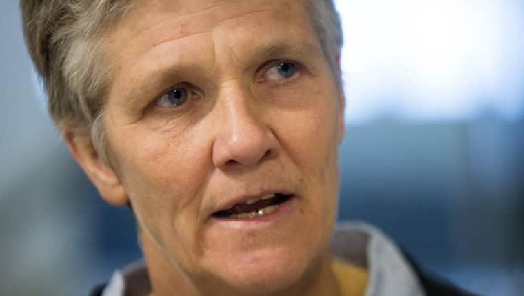 Pia Sundhage under fredagens presskonferens. Foto: Anders Ylander