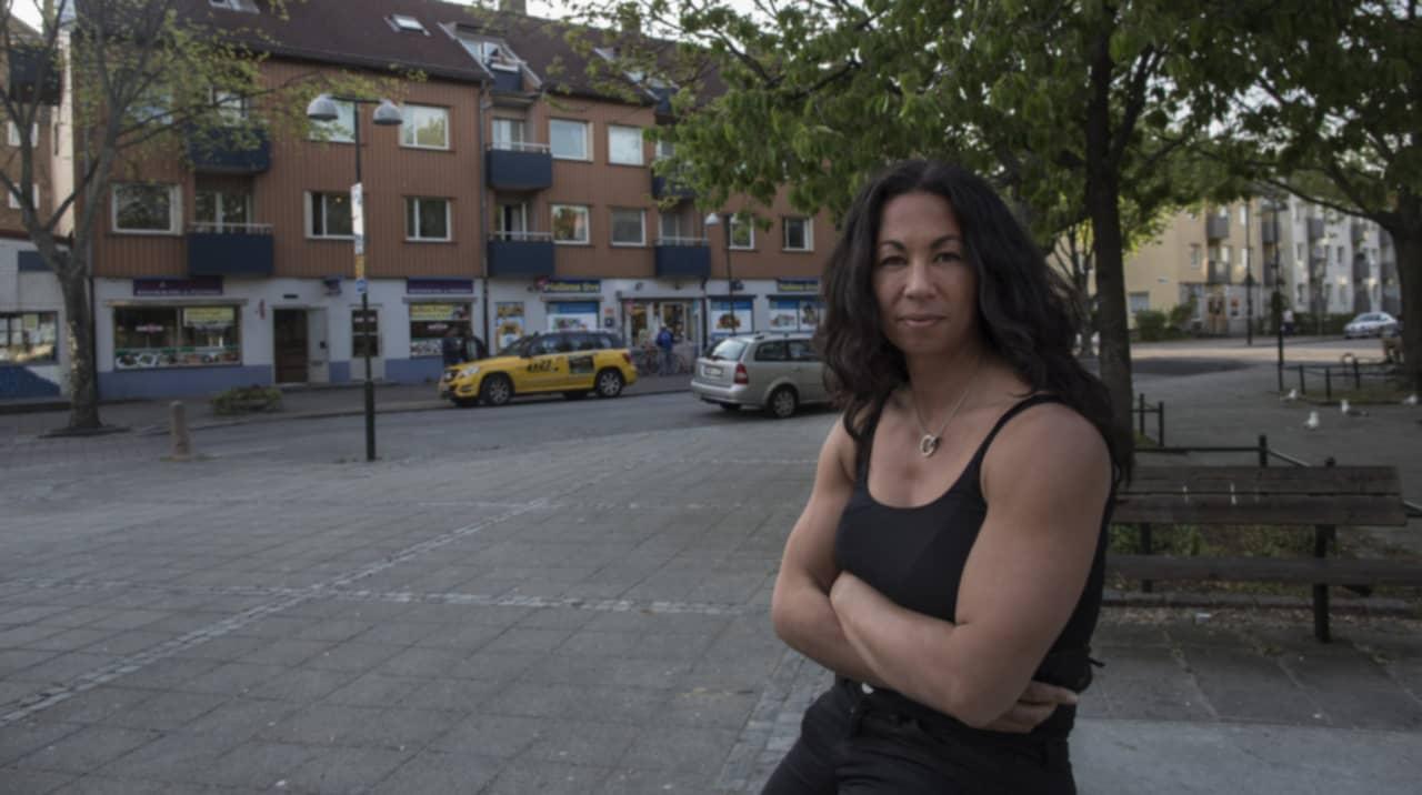 liten och nätt ledsagare sex nära Göteborg