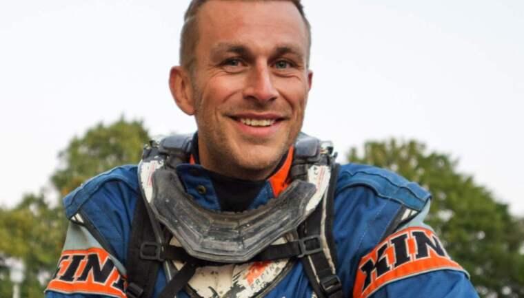 MC-fantasten David Pettersson, 35, från Kalmar bestämde sig för att göra en insats och hjälpa till och var den som hittade Valde, 2, i skogen. Foto: Mikael Sjöberg