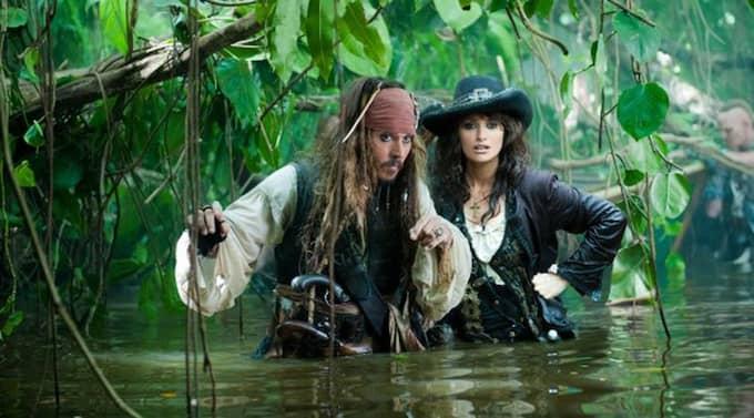 """Kemin mellan Johnny Depp och Penélope Cruz räddar den nya """"Pirates of the caribbean""""-filmen."""