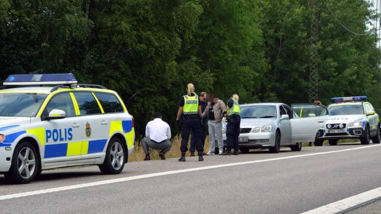 I juli fick polisen stopp på tre misstänkta vägpirater vid Kodemotet utanför Kungälv. Foto: Mikael Berglund