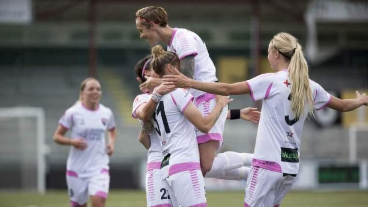 """I TRÄNARROLL. Landslagsveteranen Therese Sjögren är en av kandidaterna att ta över som ny assisterande tränare i FC Rosengård. """"Det låter faktiskt rätt spännande"""", säger hon..Foto: BILDBYRÅN Foto: Ulf Ryd"""