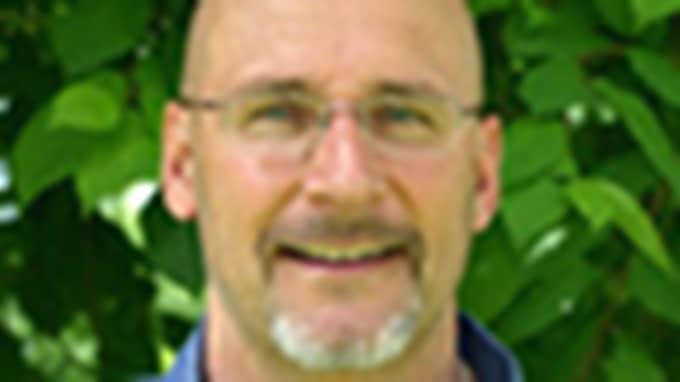 Ulf Tannerfalk, rektor på folkhögskolan, är överlycklig efter bidraget. Foto: Privat