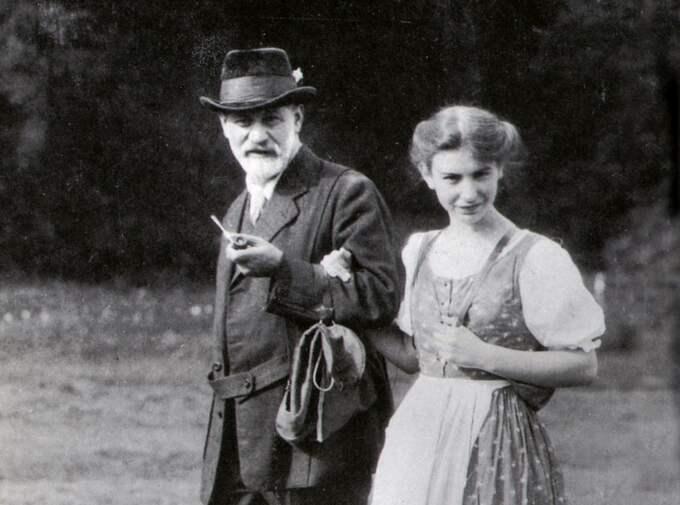 Sigmund Freud med dottern Anna. Foto: Arkiv