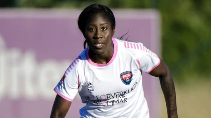 Anita Asante är en annan av Rosengårdsstjärnorna som tränar med MFF. Foto: Carl Sandin