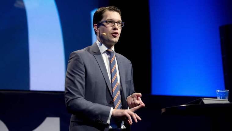 Jimmie Åkesson och SD kritiseras nu av experter för sina budgetsiffror. Foto: Sven Lindwall