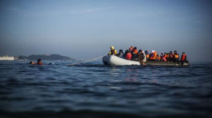 Flyktingkrisen har satt hård press på bland annat Sverige. Nu begär Migrationsverket drygt 28 miljarder kronor extra för att klara mottagandet. Foto: Manu Brabo