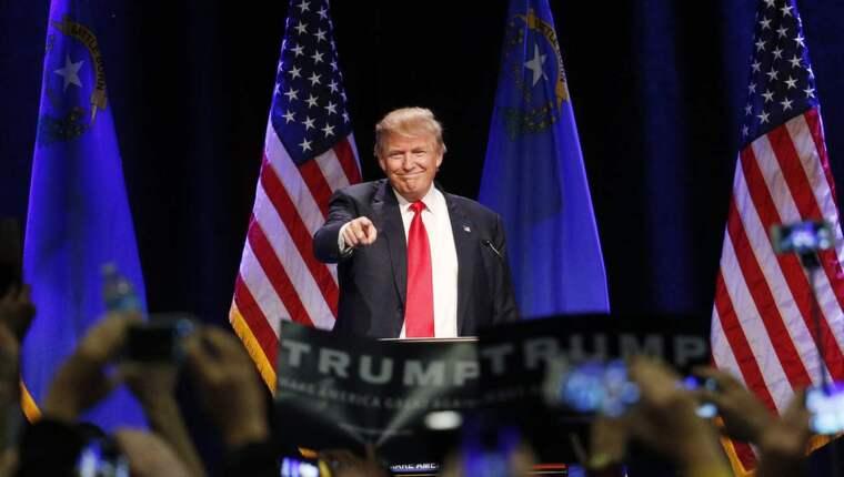 Vilken Donald Trump dyker upp? Foto: John Locher/AP