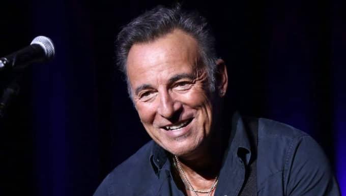 Bruce Springsteen ställer in sin konsert till följd av snöstormen. Foto: Greg Allen