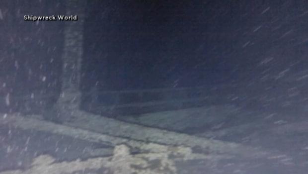 Hundra år gammalt vrak hittat i djupet