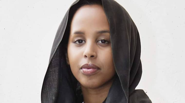 """Trött på hatet. """"Under hela min uppväxt fick jag tidigt känna på afrofobin och antimuslimismen, en kombination många somalier tvingas utstå"""", skriver Bilan Osman. Foto: Theo Elias Lundgren"""