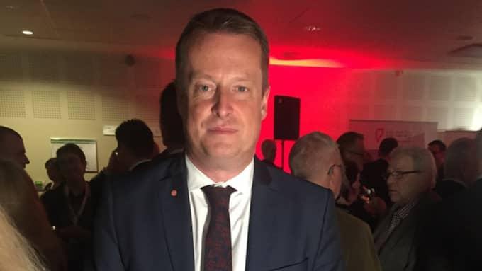 """Anders Ygeman, S, inrikesminister. Team Panetoz. – """"Utan att fråga"""" med Kenta. Foto: Hanna Jakobsson"""