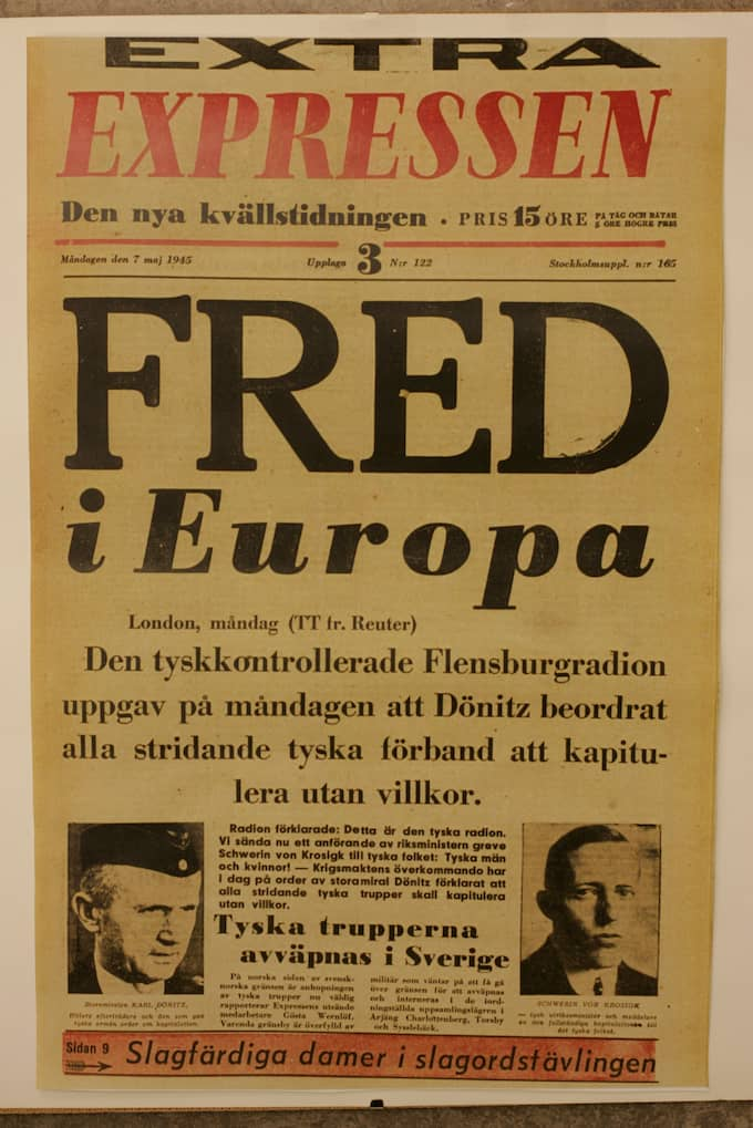 Expressens löpsedel efter krigets slut. Foto: - - / EXP