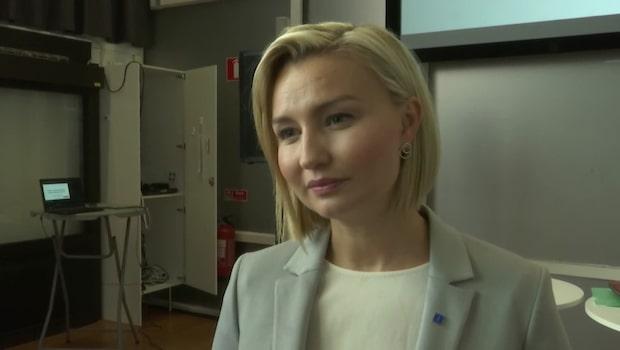"""Ebba Busch Thor: """"Sverige behöver inte mer av Miljöpartiets dyra plakatpolitik"""""""
