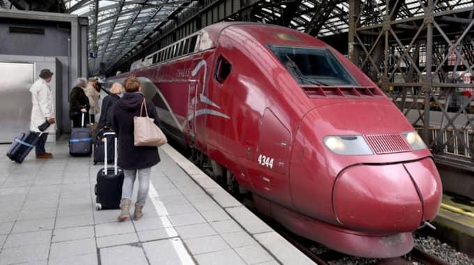 På en regional tågsträcka införs nu speciella kvinnoavdelningar. Bilden är tagen vid ett tidigare tillfälle. Foto: Henning Kaiser / Epa / Tt / EPA TT NYHETSBYRÅN